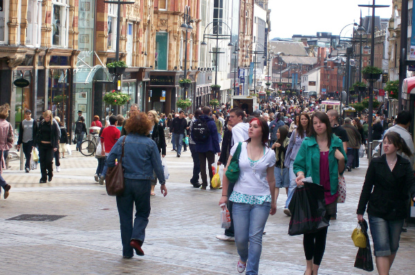 Shoppers in Briggate Street, Leeds (Credit: Paco Seoane/CC-BY-2.0)