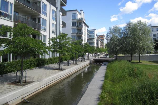 Green space in Hammarby Sjöstad, Sweden (La Citta Vita/CC BY-SA 2.0)